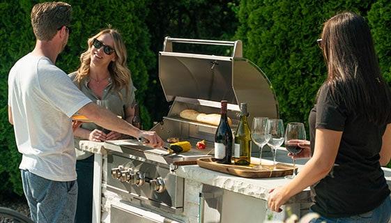 Enjoy an outdoor grill island kit