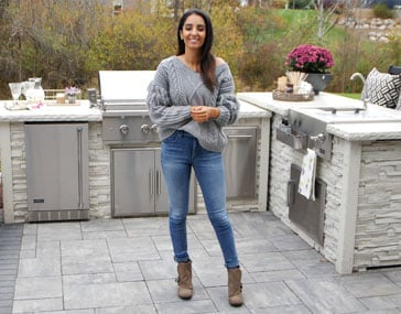 <p>Read this definitive guide about L Shaped outdoor kitchens featuring Farah Merhi to decide if this is the best layout for you.</p>
