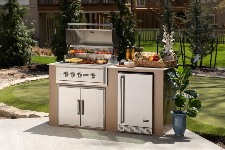 MOKS Rubbed Bronze Outdoor Kitchen